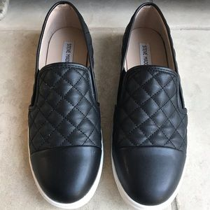 Steve Madden quilted flats.